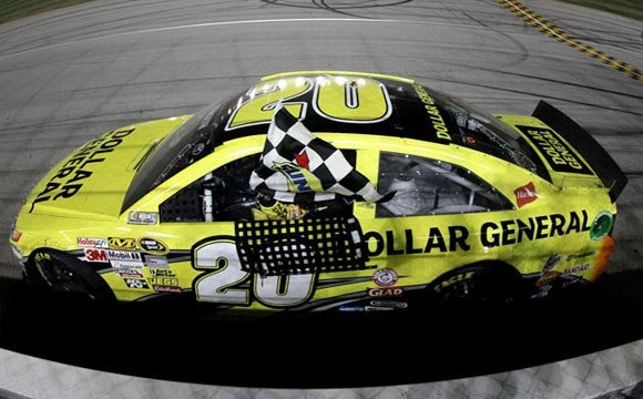 Matt-Kenseth-wins-at-chicagoland-1