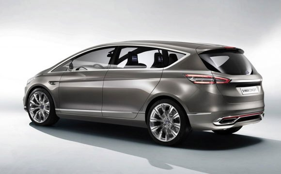 Ford Previews New Styling and Technology with S-Max Concept
