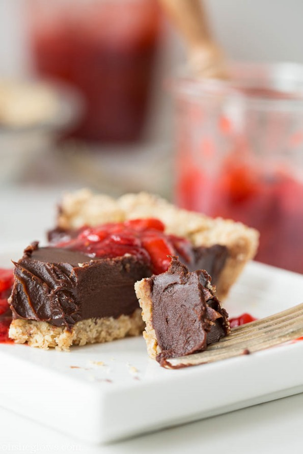 Chilled-Dark-Chocolate-Pie-with-Toasted-Almond-Crust-and-Strawberry-Vanilla-Compote